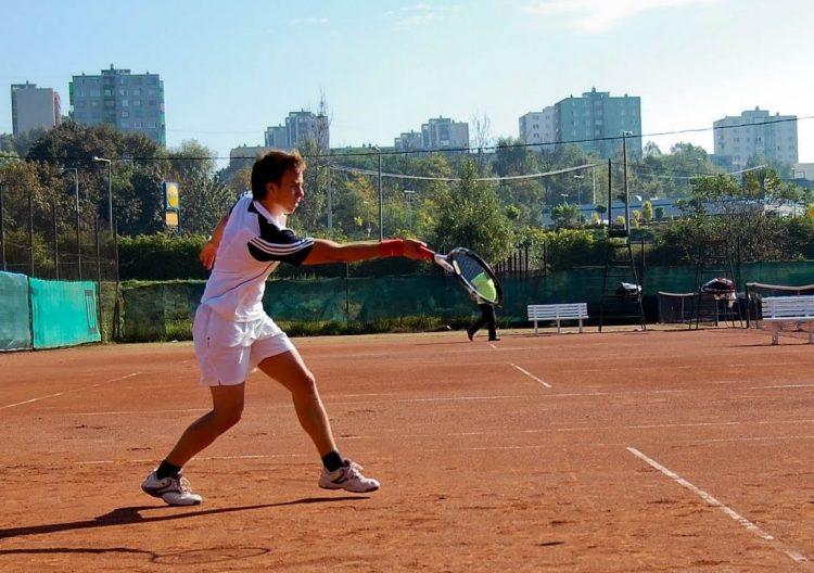 ME tenisz